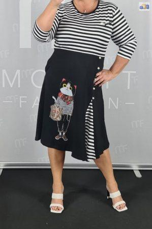 Tengerész stílusú női ruha 46-50-es csíkos mintás